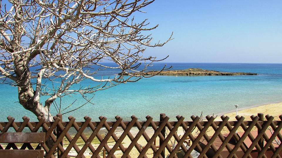 The advantages of the resident status in Cyprus